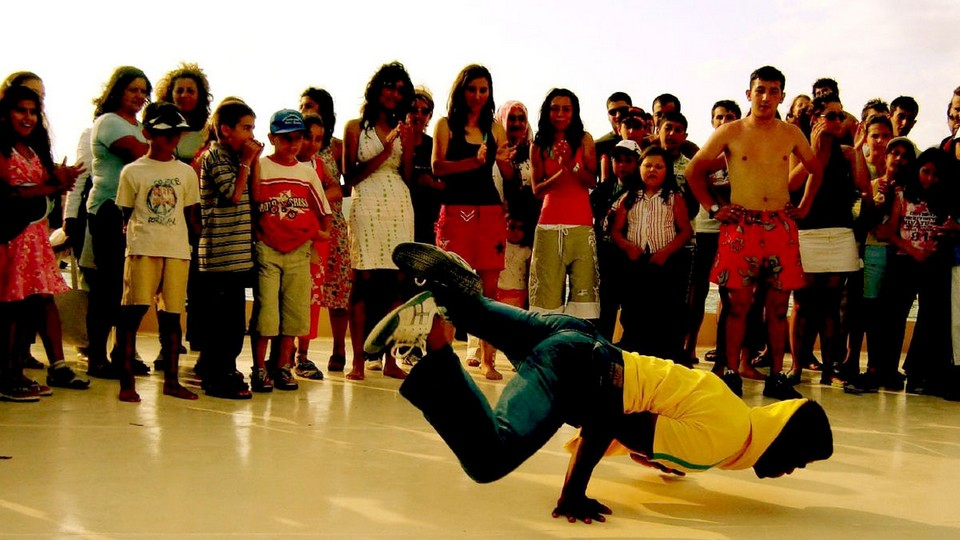B-Boy break dance