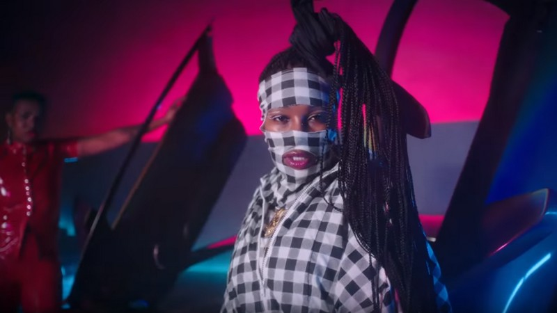 Leikeli47 MILK video