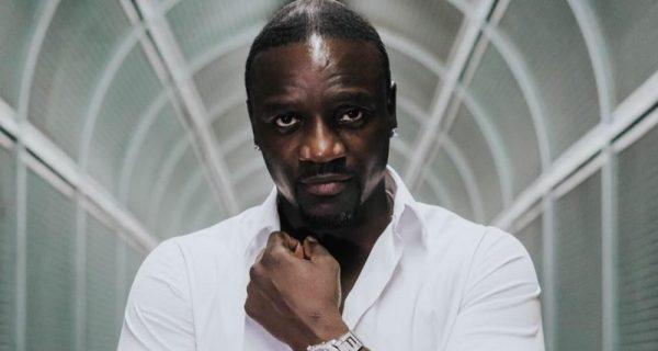 Akon amerikai énekes