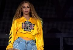 Beyonce fellépés közben